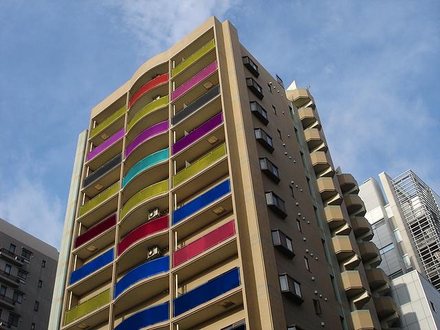 合わせガラスの色バリエーションによる施工イメージ