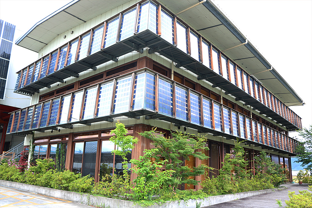 SoR-E : 施工事例 - 株式会社タミヤ製作所-壁面