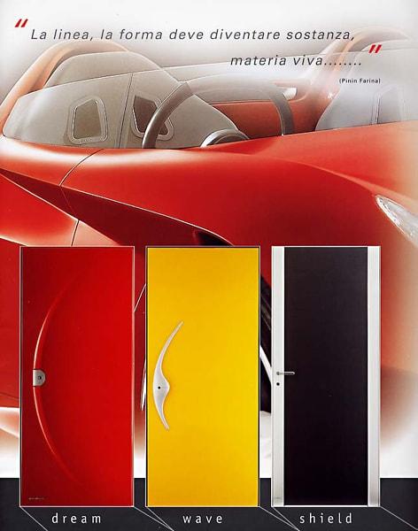 フェラーリの玄関ドア