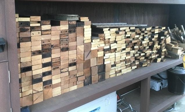 ウッドデッキをばらした後の木材