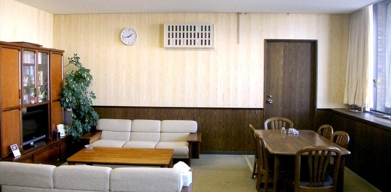 杉間伐材壁紙