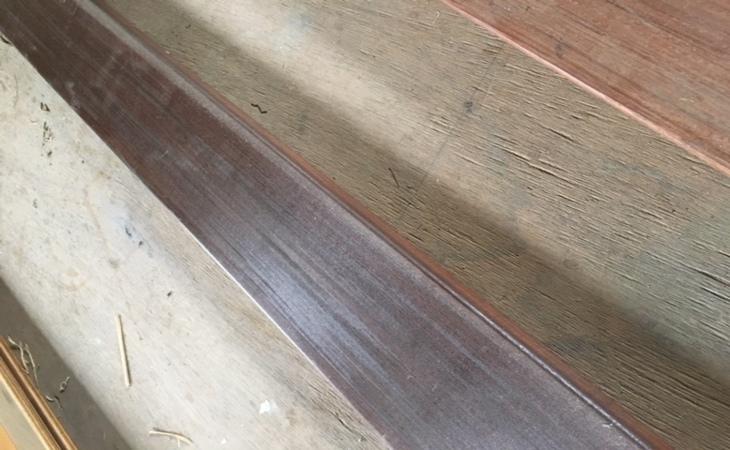 木材を塗装