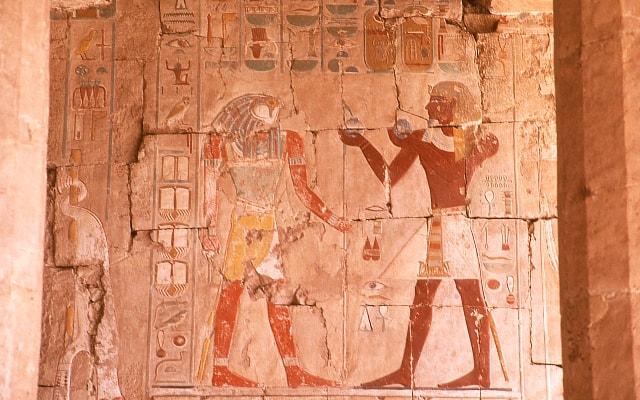エジプトの壁画