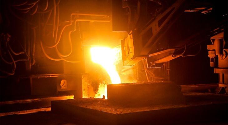 鋳造の様子