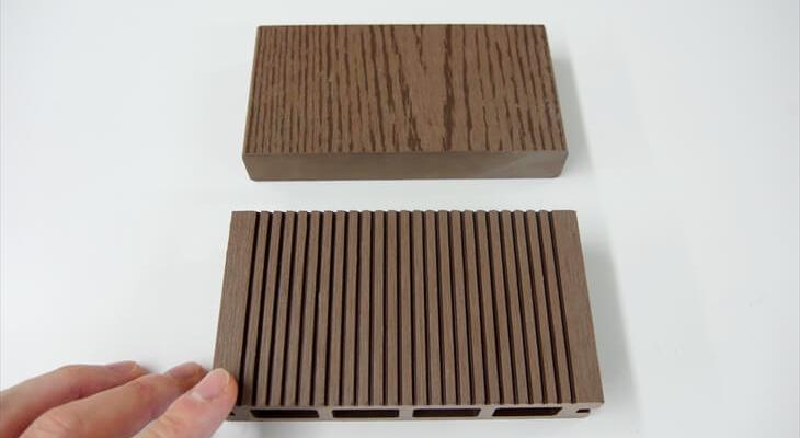 Eee-Wood(サーロジック株式会社)